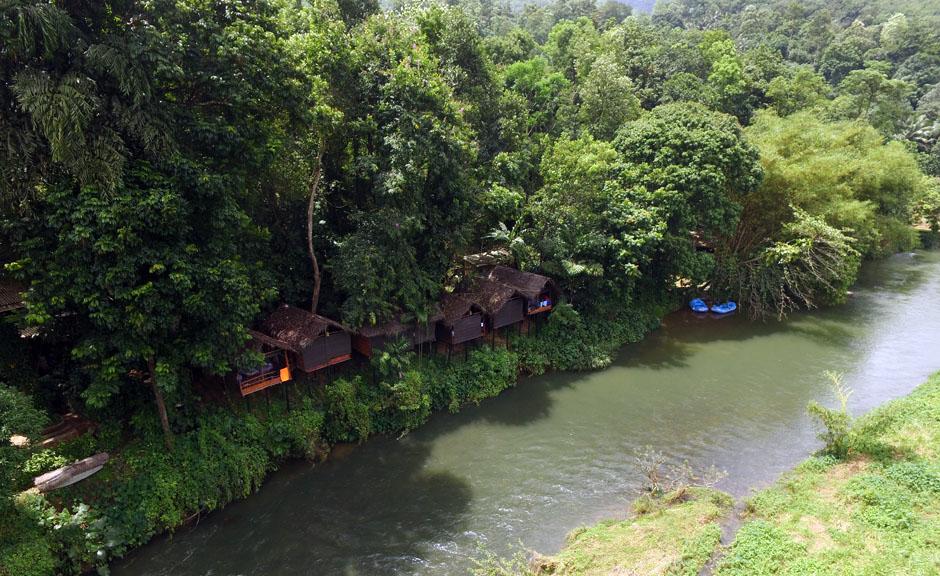 bl-riverside-camp